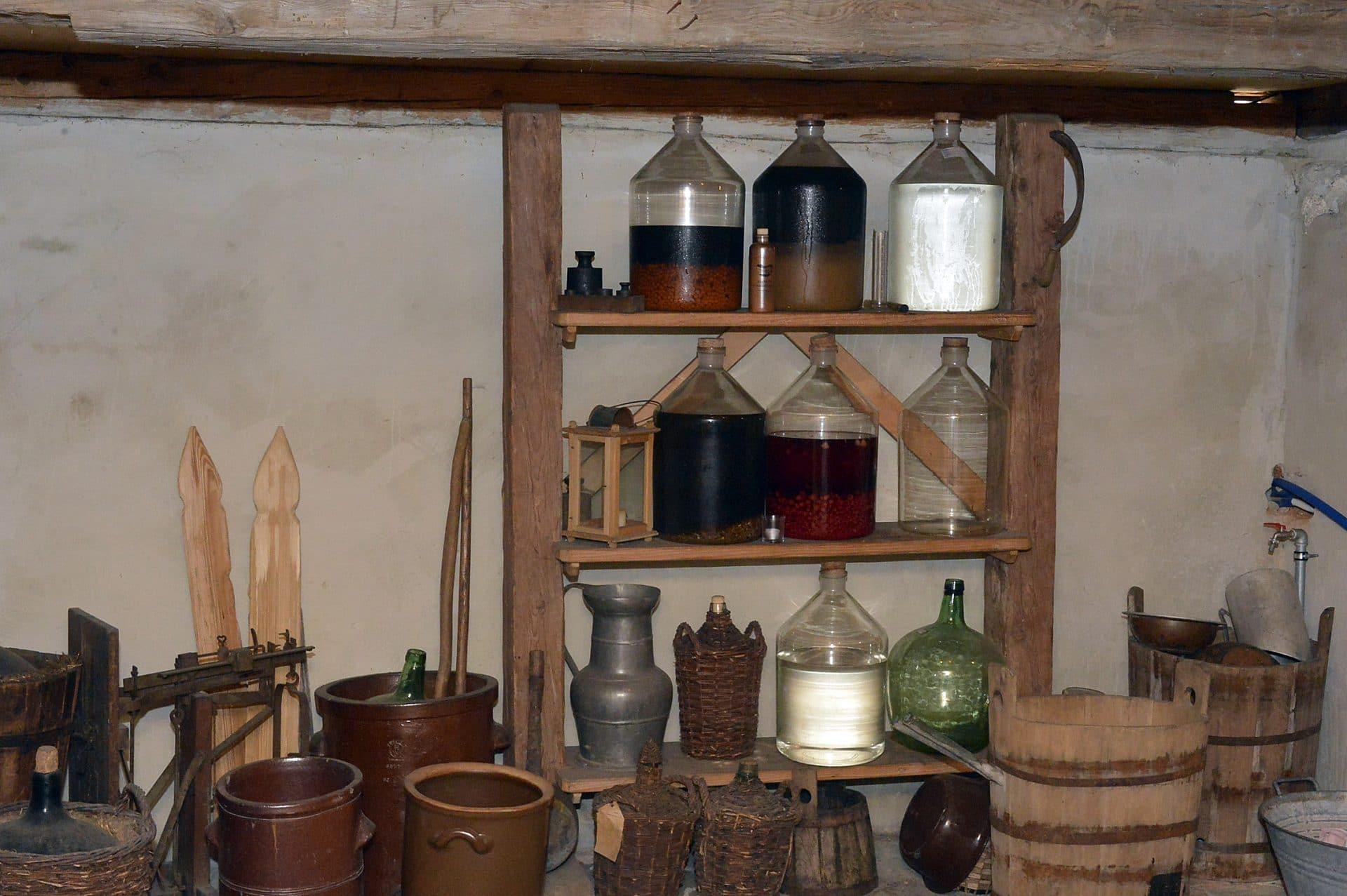 1-Schnapsbrennerei-im-Markus-Wasmeier-Freilichtmuseum