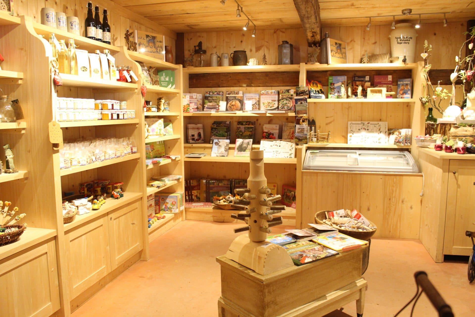 Bild.Nr_.-07-Museumsladen-c-Sophia-Wagner
